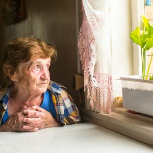 A Florida Elder Law Attorney Asks: Should Mom or Dad Live Alone